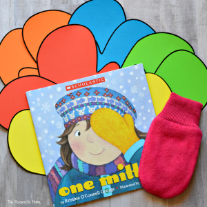 These two activities are a fun way for young children to act out and extend the story One Mitten. toddler | preschooler | kindergarten | winter activities | indoor activities | matching