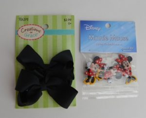 make Minnie Mouse hair bows with these two items