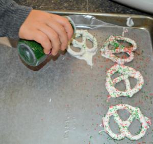 Making white chocolate pretzels