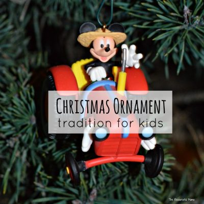 A Fun Christmas Ornament Tradition for Kids