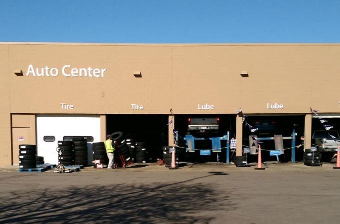 Walmart Car Service Center: Road Trip Scavenger Hunts {Free Printables}