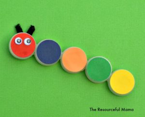 This is a great kids craft using recycled bottle caps/lids to make this bright and colorful caterpillar.