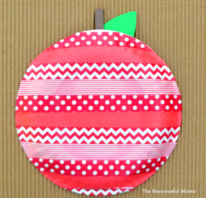 I love this washi tape apple. Its a great apple kids craft for fall and back to school.
