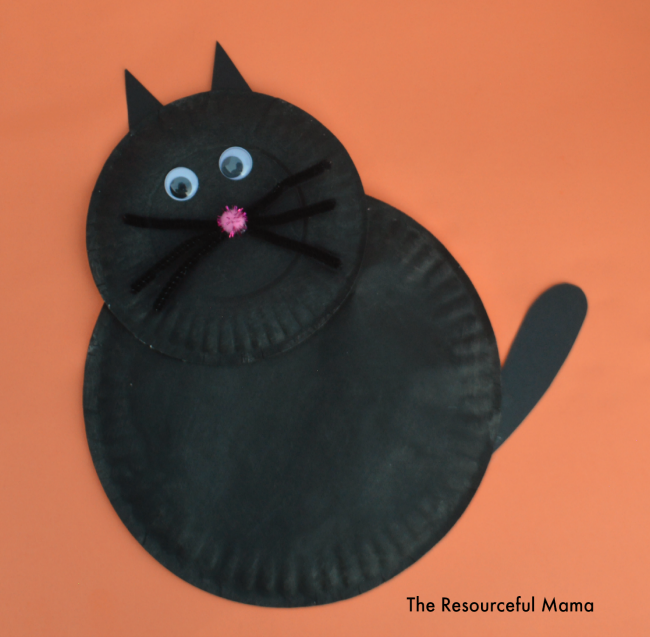 Paper Plate Black Cat Kid Craft-perfect Halloween kid craft & Paper Plate Black Cat Kid Craft - The Resourceful Mama
