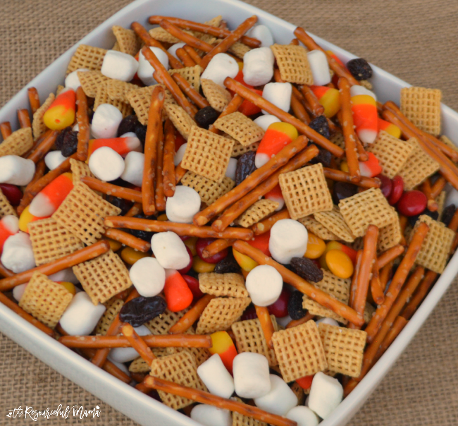 Quick and easy fall snack mix perfect for fall gatherings, school snack, or afterschool snack for kids.