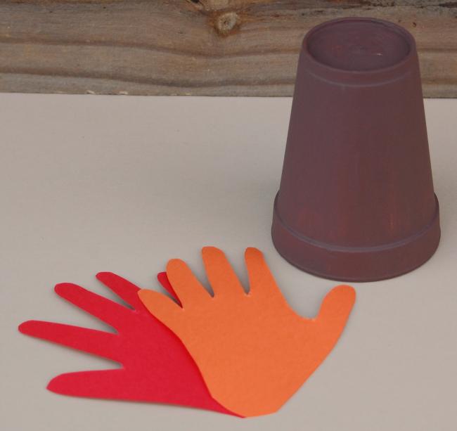 Handprint Turkey Kid Craft for Thanksgiving