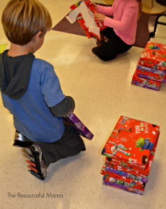 Christmas holiday classroom party game-unwrap the gift relay race