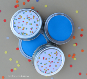 Fun New Year's Eve activity for kids. Make noisemakers/shakers for kids using mason jar lids.