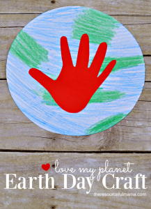Simple planet earth and handprint craft kids can make for Earth Day. Great way to introduce the structure of our planet and ways we can take care of our planet.