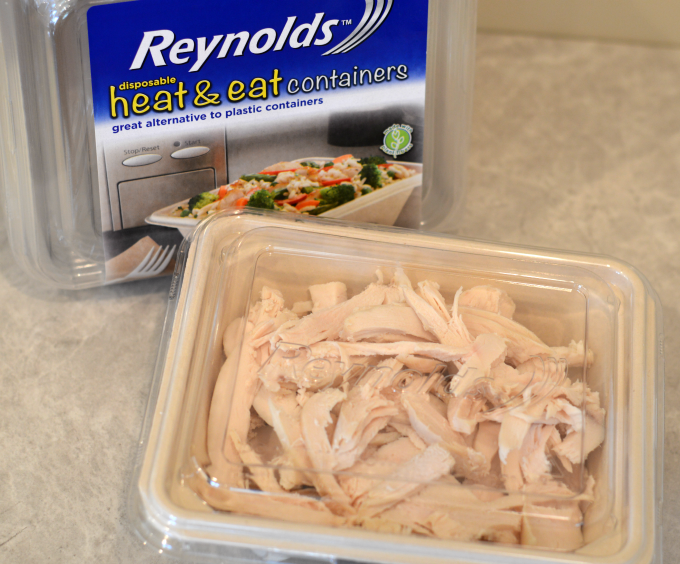 heat-eat-containers-with-chicken