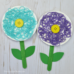 This is a great flower craft for kids to do in the spring, summer, or while studying flowers. The yarn adds texture and dimension to your flower craft.
